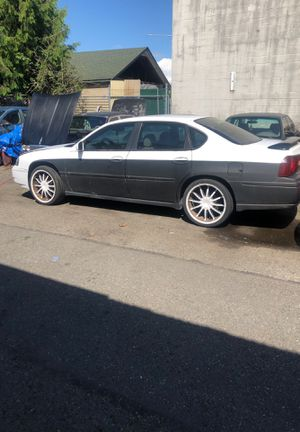 2000 Chevy impala two tone (black and white) for Sale in Lakewood, WA