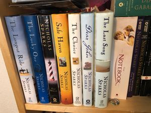 9 Nicholas Sparks hardcover books! for Sale in Seattle, WA