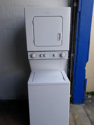 """Stackable Whirlpool 24"""" for Sale in Hialeah, FL"""