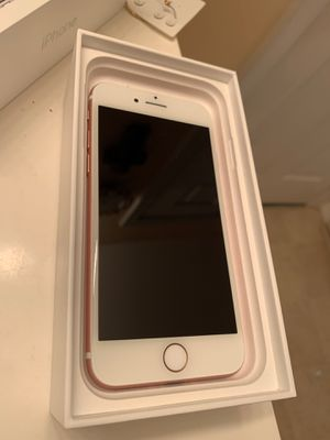 Rose Gold iPhone 7- BRAND NEW SCREEN, 32 GB for Sale in Seattle, WA