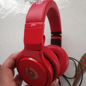 Beats Pro First Gen No Bluetooth for Sale in Los Angeles, CA