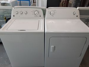 EXCELLENT CONDITION NEWER MODEL KENMORE WASHER AND DRYER SET 60 DAY WARRANTY INCLUDED DELIVERY AND INSTALLATION AVAILABLE FOR A SMALL FEE!! for Sale in Edgewater, FL