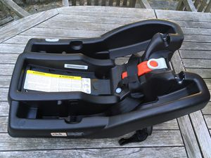 Grace Infant Car Sear Base for Sale in Irvington, NY