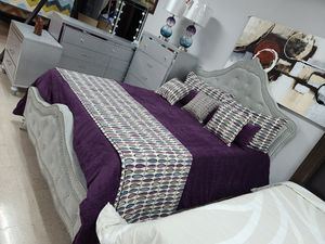 7 pc queen bedroom set Financing available for Sale in Greensboro, NC