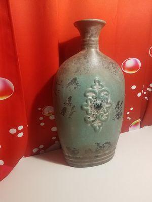 Iron vintage Flower Vase decorative for Sale in Fontana, CA