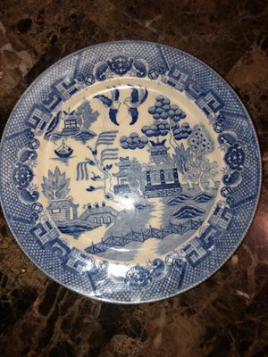 """VINTAGE BLUE WILLOW WHITE BLUE CHINESE JAPANESE TRANSFERWARE PLATE 9"""" for Sale in Hayward, CA"""