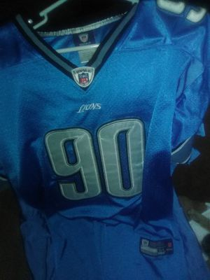 Go Lions. Sewn Suh jersey. Size 54 for Sale in Eau Claire, WI