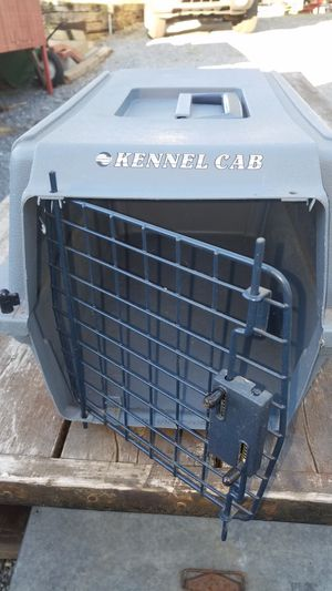 Small pet carrier for Sale in Lebanon, PA