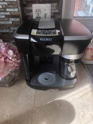 Coffee keurig espresso maker In great condition. for Sale in Takoma Park, MD
