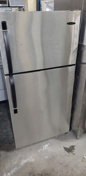 Refrigerator top freezer for Sale in The Bronx, NY