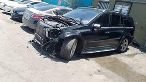 Mercedes benz gl450 parts for Sale in Hialeah, FL