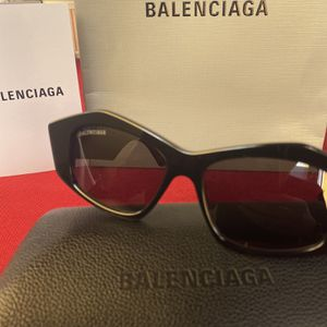 Balenciaga Sunglasses Unisex for Sale in Norwalk, CA
