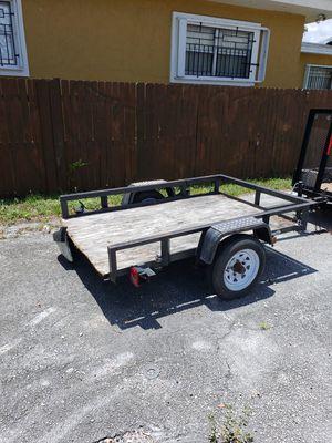5 x 8 utility trailer for Sale in Miami, FL