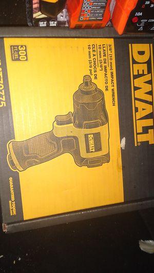 DeWalt3/8, 10 mm impact wrench for Sale in Turlock, CA