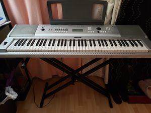 Yamaha Digital keyboardXG - 230 for Sale in Arlington Heights, IL