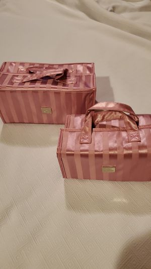 Joy Mangano New York 2Pc. Set Travel Better Beauty Cases for Sale in Strongsville, OH