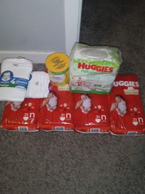 4 Packs of Huggies Diapers/Newborn Size Ect... for Sale in Federal Way, WA