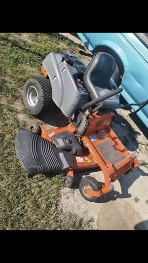 zero turn lawn mower 54 inch deck- trade for bangs? for Sale in Big Sandy, TX