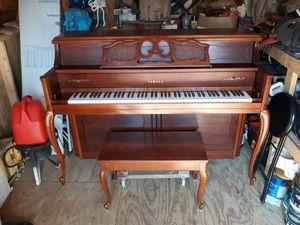 Yamaha console piano model 405 for Sale in Smithfield, VA