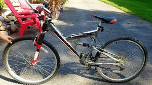 Pacific Titan ds Mountain Bike for Sale in Minneapolis, MN
