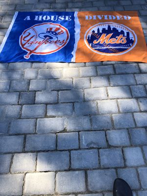 Divided House New York Yankees New York Mets Flag for Sale in Suffolk, VA
