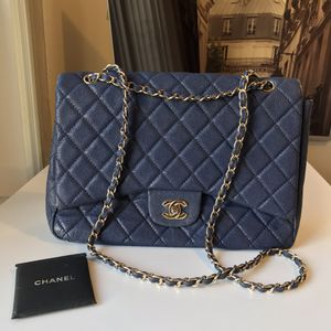 Chanel Pebble Leather Bag for Sale in Coral Gables, FL