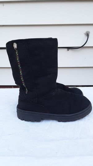 Girls Sonoma boots for Sale in Willowick, OH
