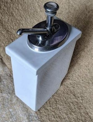 Antique Syrup dispenser with pump from the Mint Cafe pike place Market for Sale in Lake Tapps, WA
