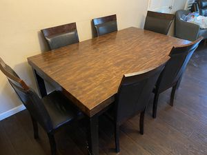 6 chairs & dining table for Sale in Whittier, CA