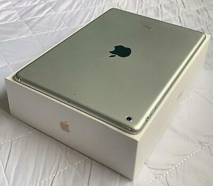 Apple iPad Air 1, (32GB) 10inch Wi-Fi Only Excellent Condition LiKe NeW for Sale in Springfield, VA