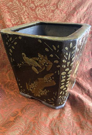 Cement flower pot for Sale in Porter, TX