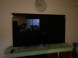65 inch TCL for Sale in Colton, CA