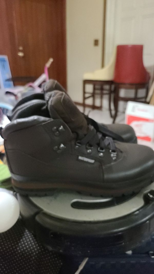 Waterproof and oil resistant leather work boots