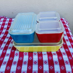 VINTAGE PYREX REFRIGERATOR DISHES for Sale in Carlsbad, CA