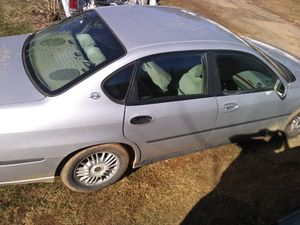 2000 Chevy impala for Sale in Thaxton, VA