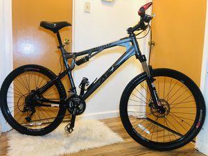 Mountain bike large for Sale in San Carlos, CA