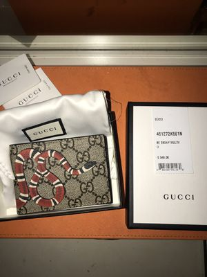 Gucci Wallet for Sale in Bloomfield, NJ