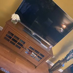 55 inch tv & Stand for Sale in Palatine, IL
