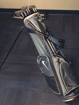 Nike golf bag with 8 left handed clubs most worth $100 or more originally. for Sale in Hanover, MD