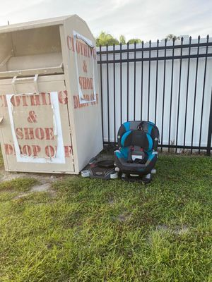 Car seat for Sale in Winter Park, FL