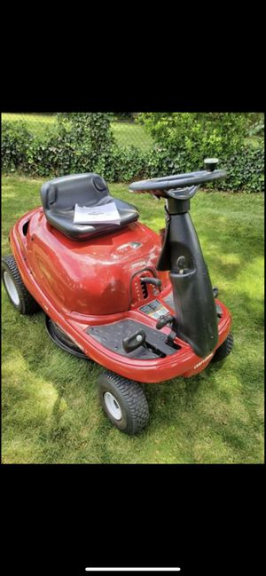 "Craftsman DRM 500, 27"" Riding Lawn Mower for Sale in Temple Hills, MD"