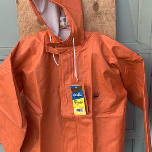 Grundens Rain Jacket With Hood (heavy Duty) Men's Medium for Sale in Everett, WA
