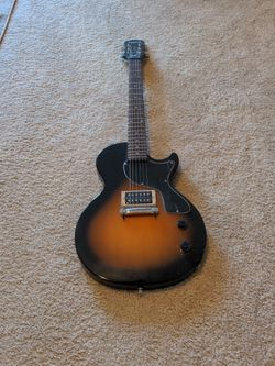 Epiphone junior lightly used. for Sale in Austin,  TX