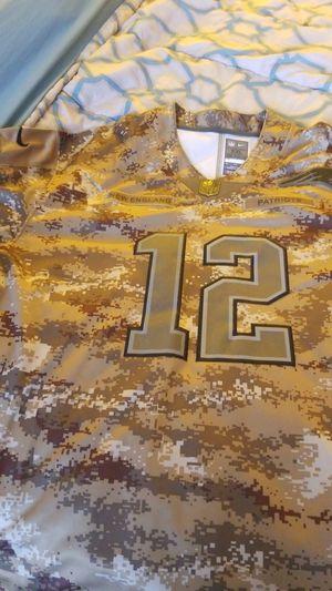 Tom brady Brady camo Jersey XXL number and name are stich New England Patriots for Sale in Miami, FL