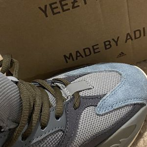 NEW Yeezy Boost 700 for Sale in Riverdale, GA