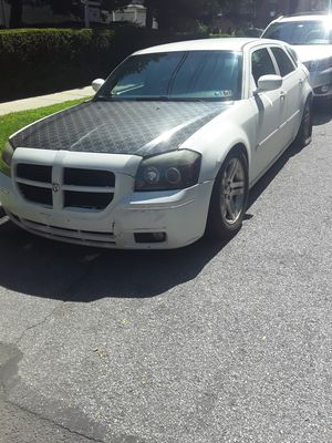 Dodge magnum 2006 for Sale in New Rochelle, NY