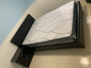 Bedroom set with mattress // financing available for Sale in Miami, FL