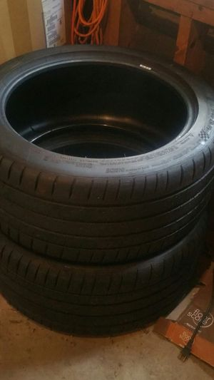 2 Michelin tubeless sport tires 275/40/r19 for Sale in Monroe, NC