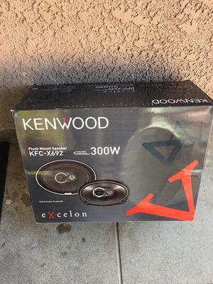 KENWOOD SPEAKERS MODEL KFC - X692. 300wtt. Brand new 6x9. 3 way. for Sale in Bell, CA