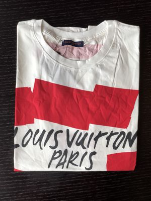 White Louis Vuitton t shirt for Sale in Miami, FL